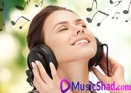 فواید گوش دادن به آهنگ شاد